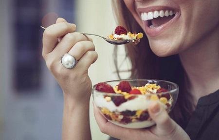 اهمیت رژیم غذایی بعد از جراحی دهان و دندان